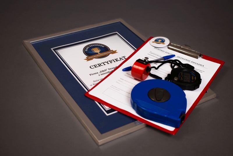 Biuro Rekordów - Materiały