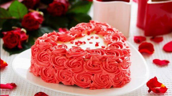 Malinowy tort