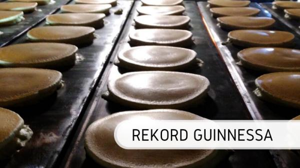 Najdłuższa linia z naleśników - rekord Guinnessa