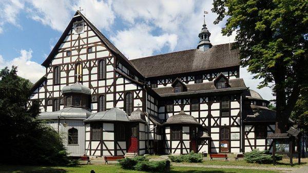Największy drewniany kościół w Polsce