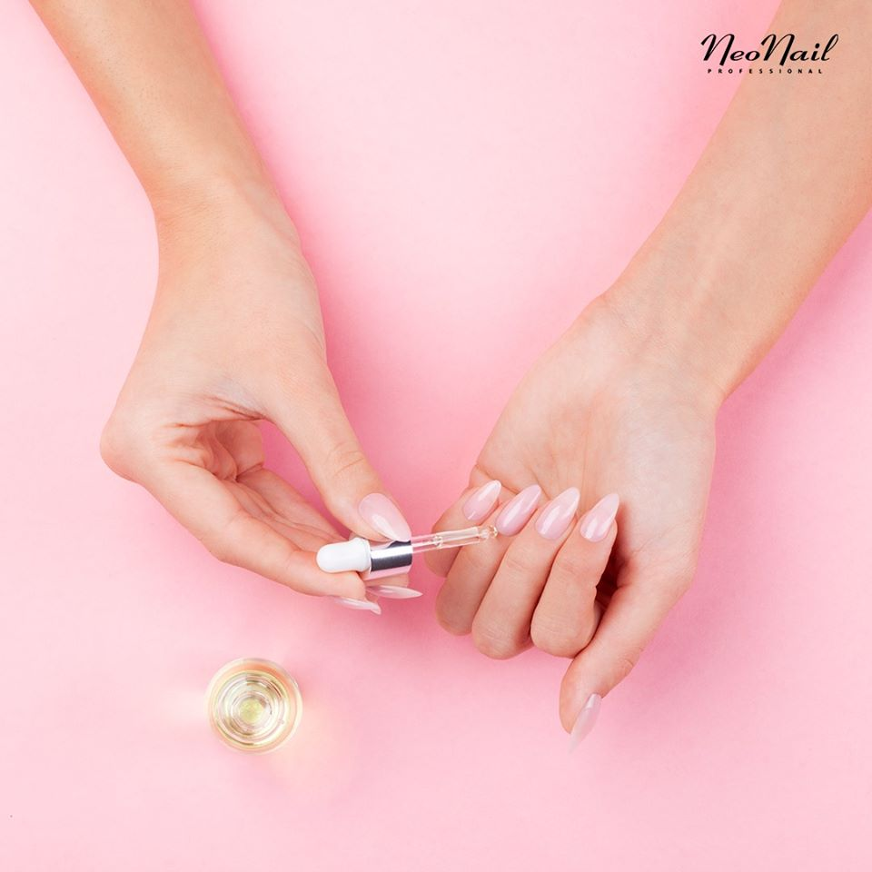 online rekord - stylizacja paznokci