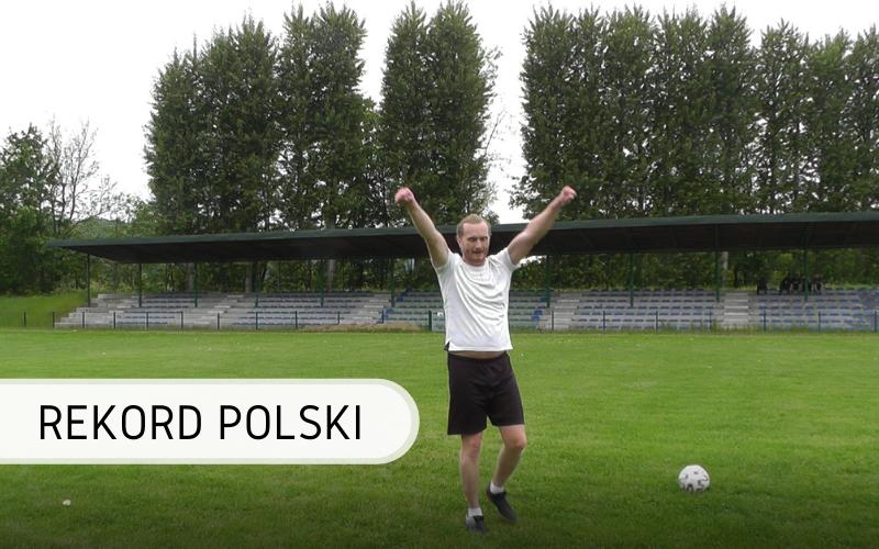 Rekord Polski - podbijanie piłki ramionami