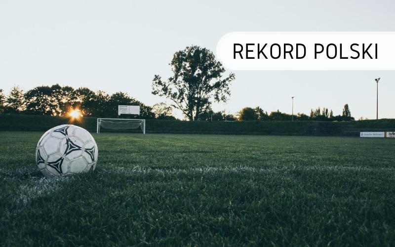Rekord Polski - Najdłuższe żonglowanie piłką nożną w pozycji siedzącej