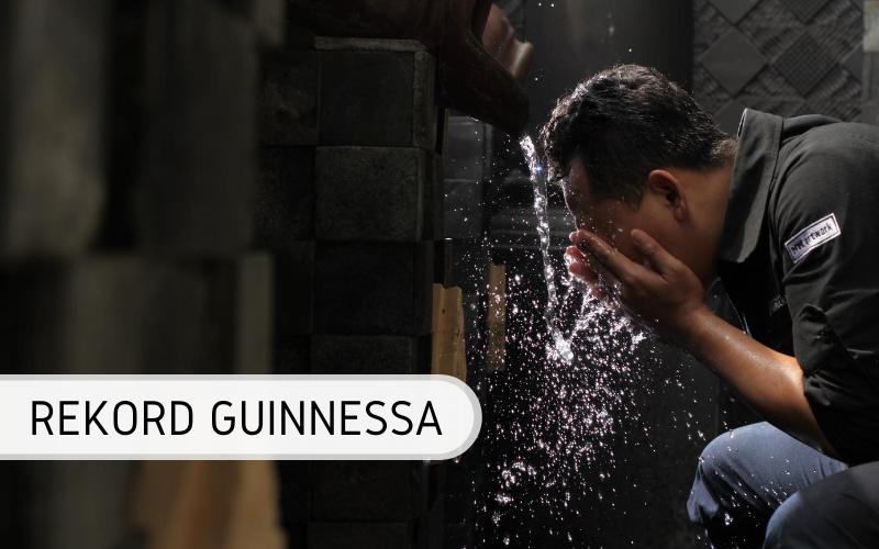rekord Guinnessa - mycie twarzy online