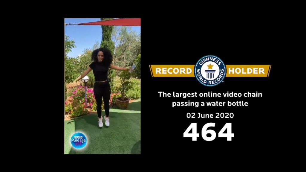 rekord guinnessa - podawanie wody