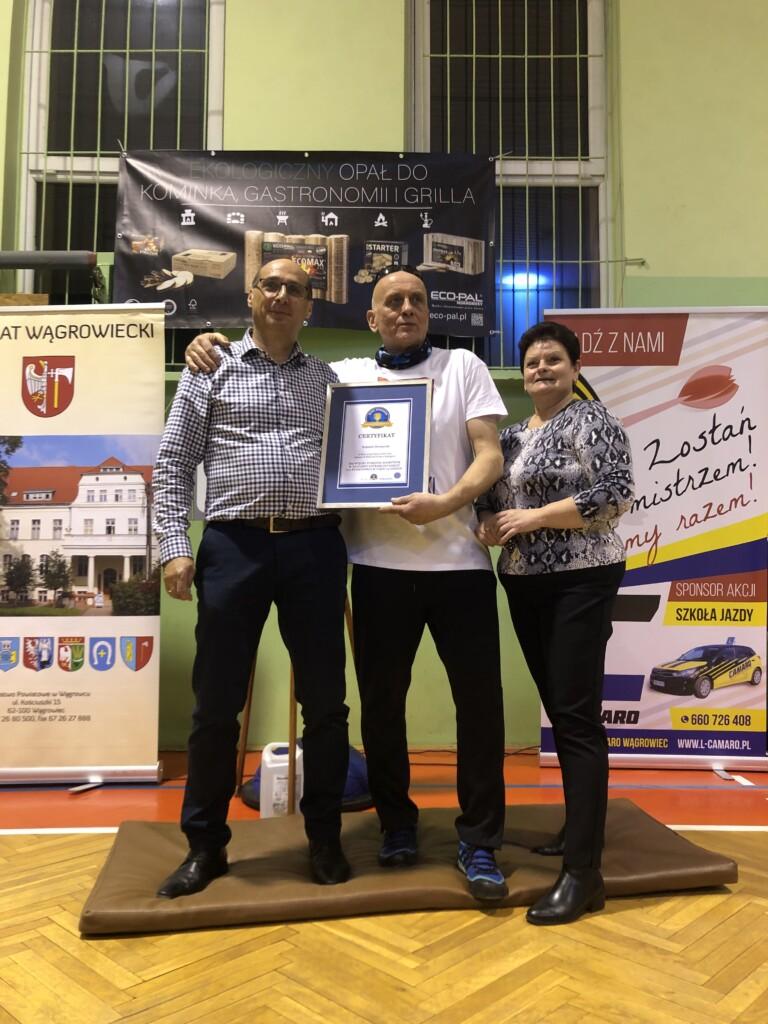 rekord polski wrzutach lotkami dotarczy