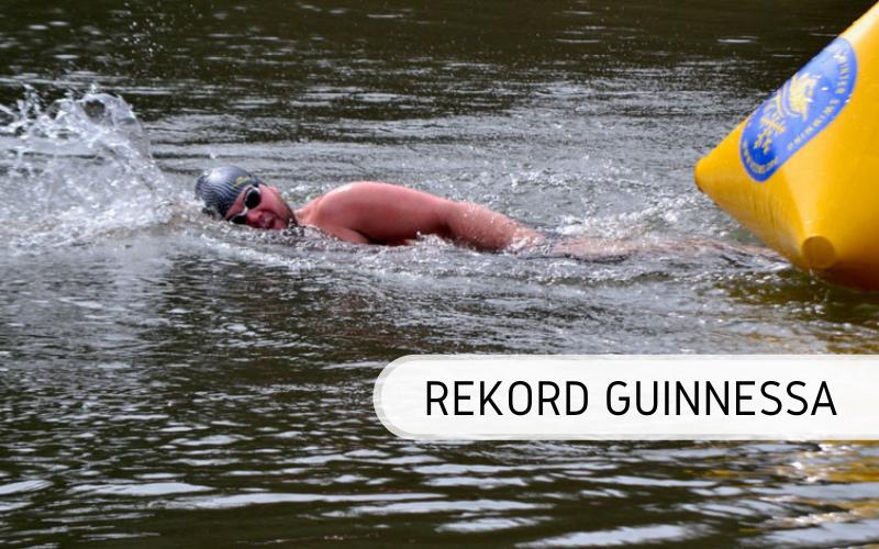 rekord Guinnessa pływanie w lodowatej wodzie