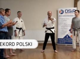 rekord-polski-andrzej-piech-karate