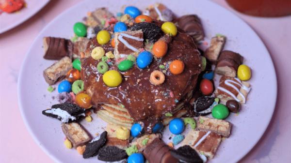 Rekord Guinnessa wieża z pancakes